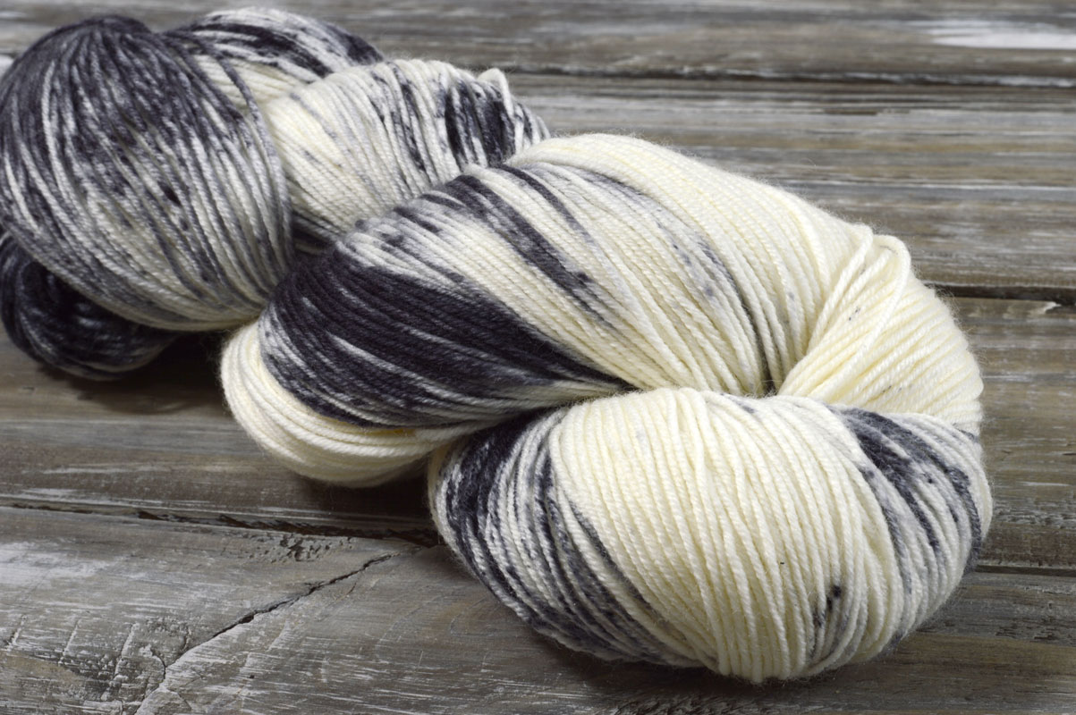 Tiny BELLE – Storm (5 Mini-skeins)